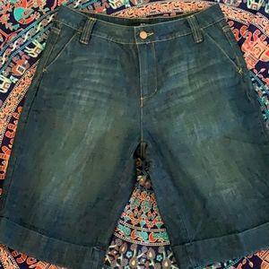 A.n.a Bermuda denim shorts size 8